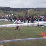 Llegada a meta vencedora absoluta femenina